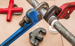 Handyman plumbing tools